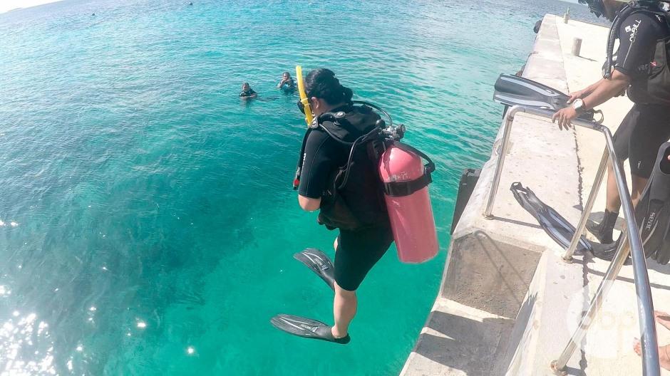 maldives-medres-logo-diving-8